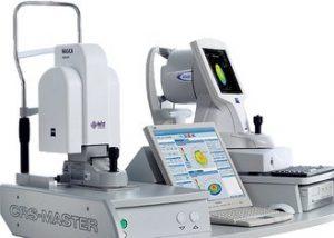 La plataforma Carl Zeiss para tratamientos guiados por topografía o aberrometría incluye el CRS - Master